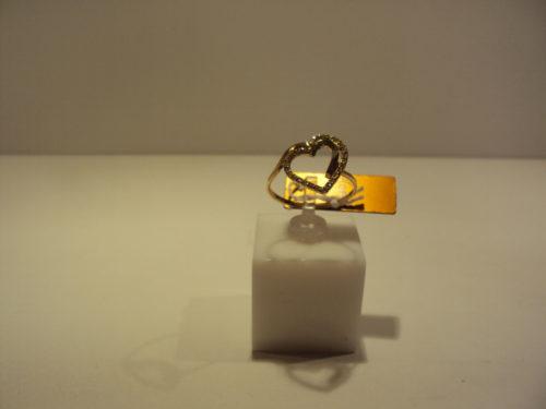 Anillo oro amarillo corazón 199 euros