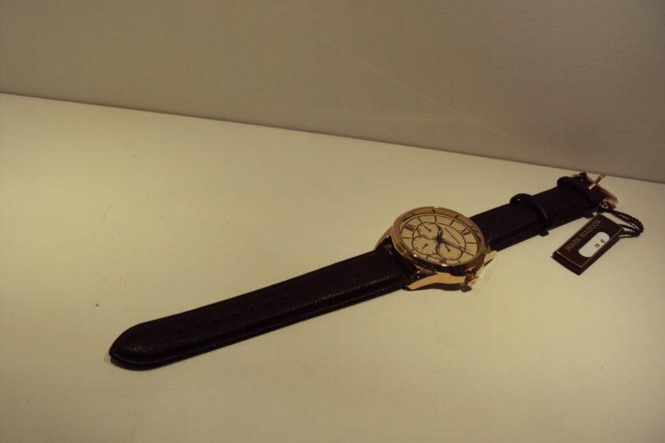 Reloj de hombre multifunción 75€