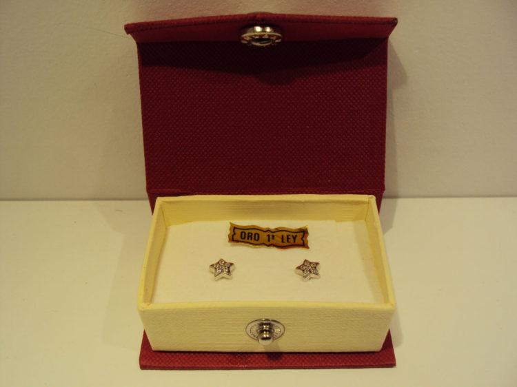 Pendientes estrella oro blanco con circonitas 65e