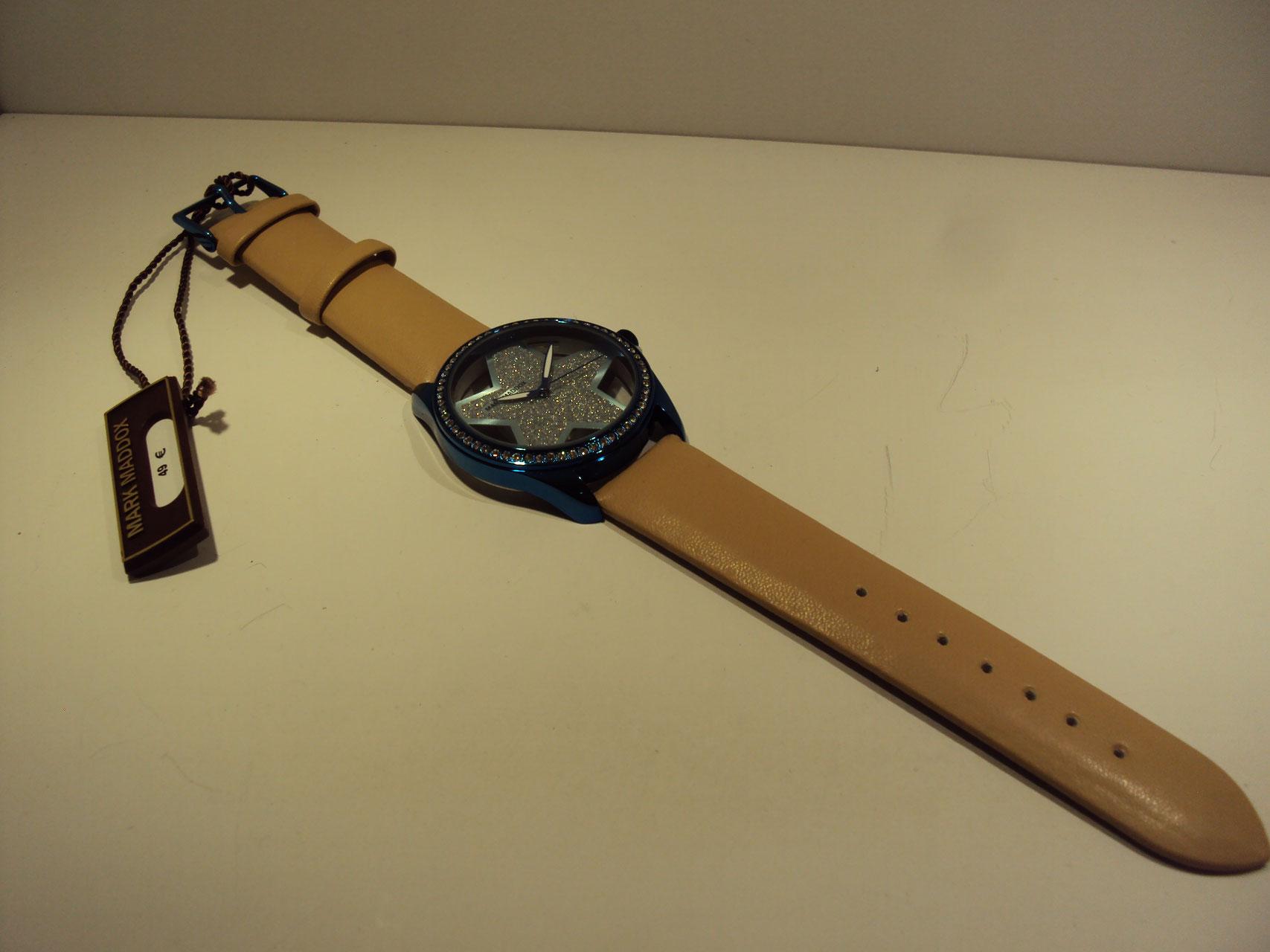 Reloj estrella azul 49€