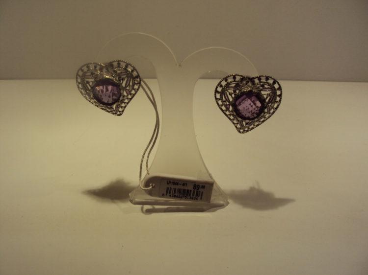 Pendientes Lotus de plata con corazones grandes y piedras lilas 49€