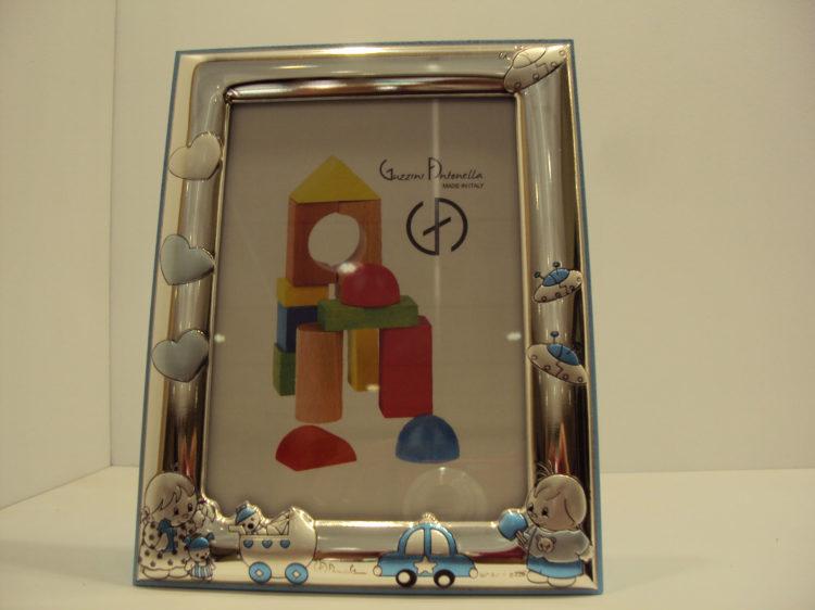 Marco de corazones y cochecito azul 48€