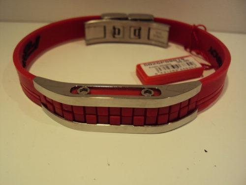 Pulsera de acero roja Viceroy 40€