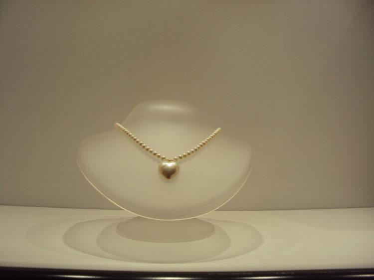 Gargantilla perlas con corazón 160e