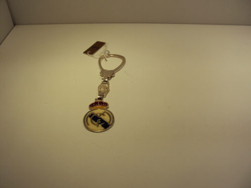 LLavero de plata de primera ley esmaltado con los colores del Real Madrid 87€