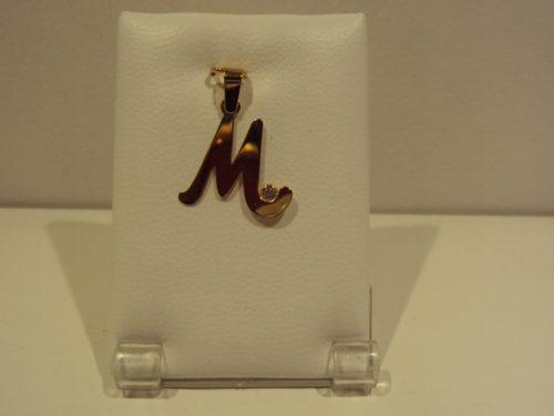 Colgante oro amarillo letra M 80e