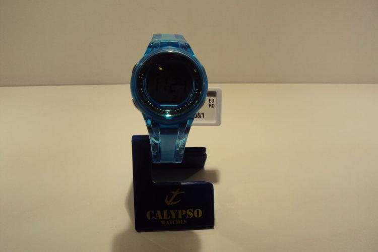 Reloj mujer digital azul turquesa 29€