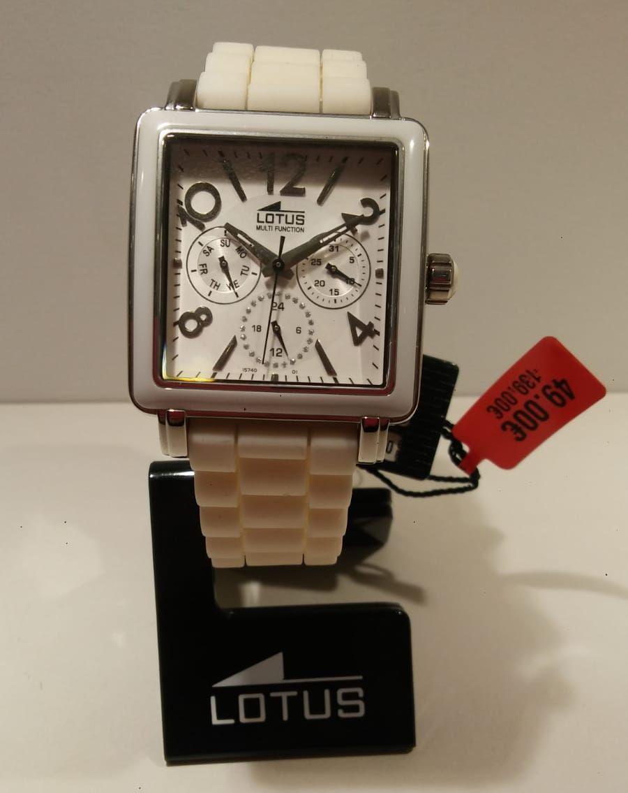 Reloj Lotus unisex de color blanco Reloj Lotus unisex de color blanco. Super oferta de reloj cerámica multifunción antes 139€ ahora 49€.